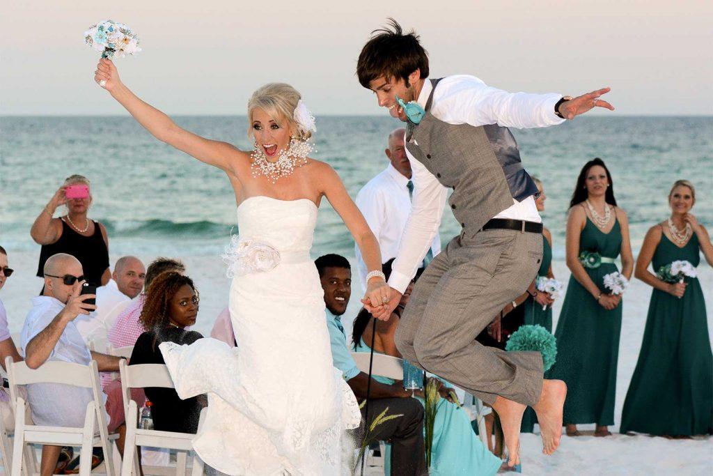Our wedding photographers capture a lot of fun, spontaneous wedding photos.
